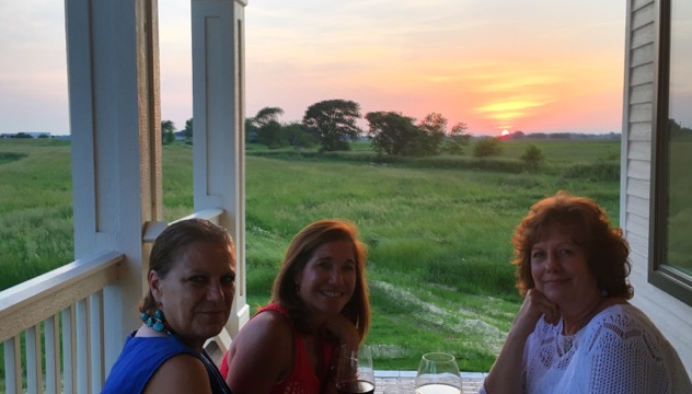 Photos: Special Guests Enjoy a Gorgeous Serosun Farm Dinner